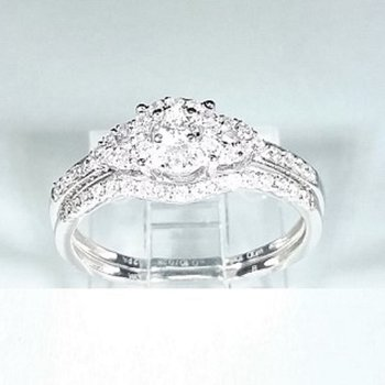 Halo Diamond Engagement set 0.34 ctw in white gold