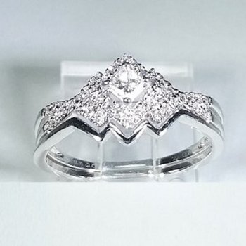 Halo Diamond Engagement set 0.23 ctw in white gold