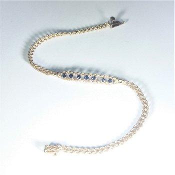 Sapphire Bracelet in yellow gold