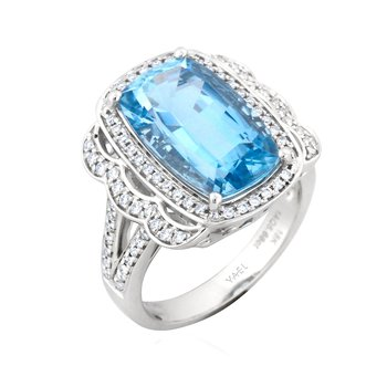 18 Karat Aquamarine and Diamond Ring
