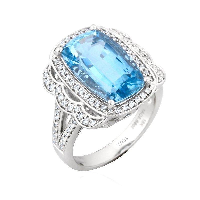 7 Mile Fine 18 Karat Aquamarine and Diamond Ring