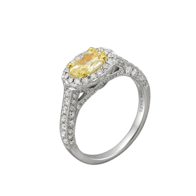 7 Mile Fine 18 Karat Oval Yellow Diamond Ring