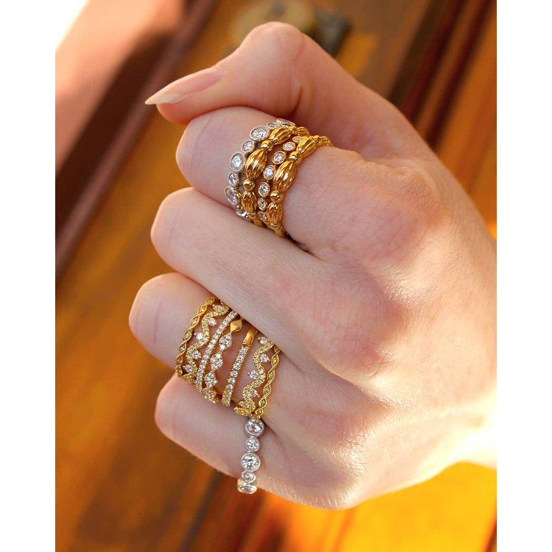 Studio Fine Yellow & White Diamond Wave Band