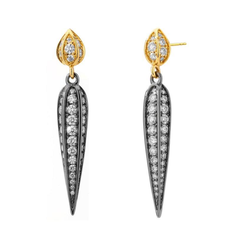 7 Mile Fine Pendulum Earrings