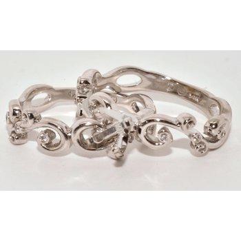 Gorgeous 14K White Gold Swirl Design