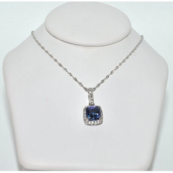 Glamorous Blue Tanzanite necklace