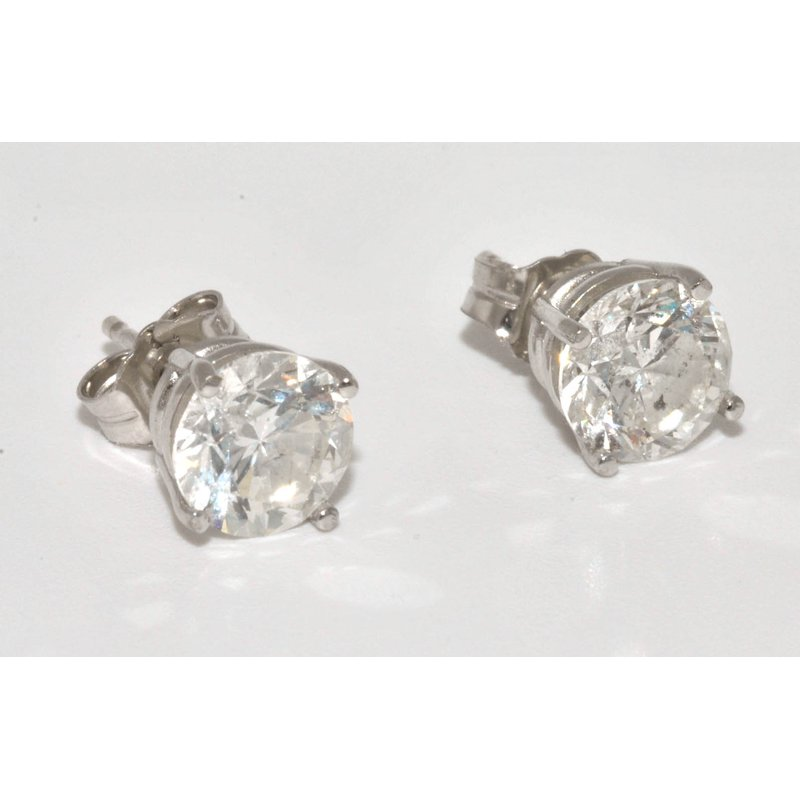 Windy City Signature Diamonds Stud Earrings