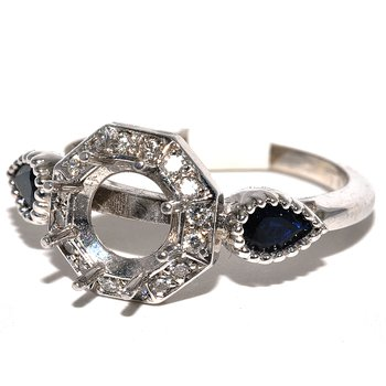 Antique and Stylish Ladys Halo Ring