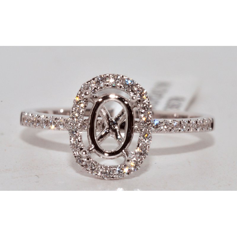 Windy City Signature Oval-Shaped Halo Engagement Ring