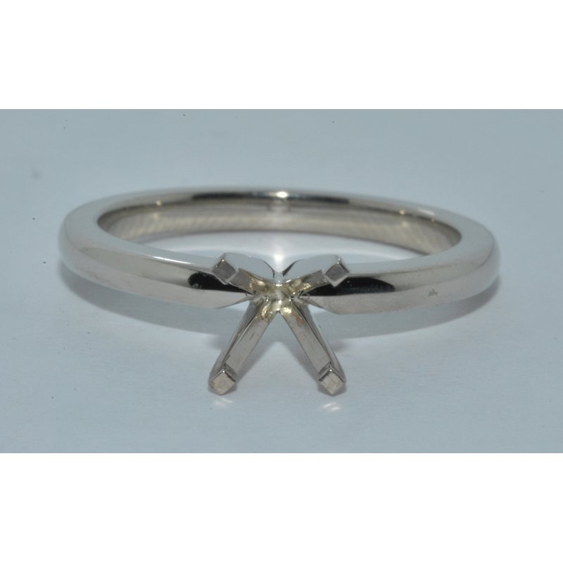 Windy City Signature Eng Ring Solitaire