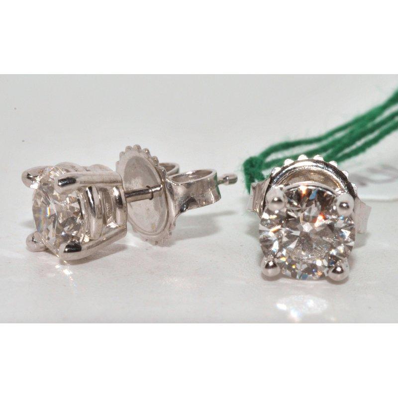Windy City Signature Diamonds Stud Earrings