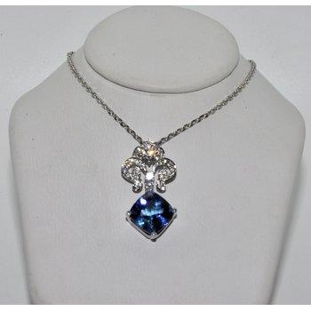 18K White Gold Diamond Pendant & Tanzani