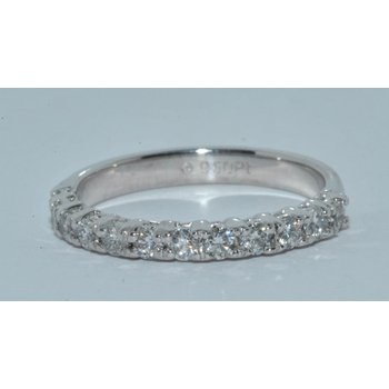 Plat Diamond Wedding band