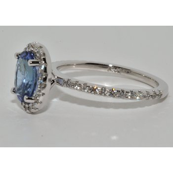Oval Tanzanite Halo Ring with Diamond