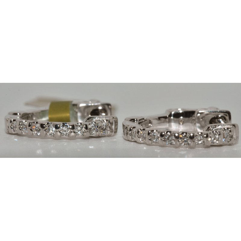 Windy City Signature 14K WG Diamond Earring