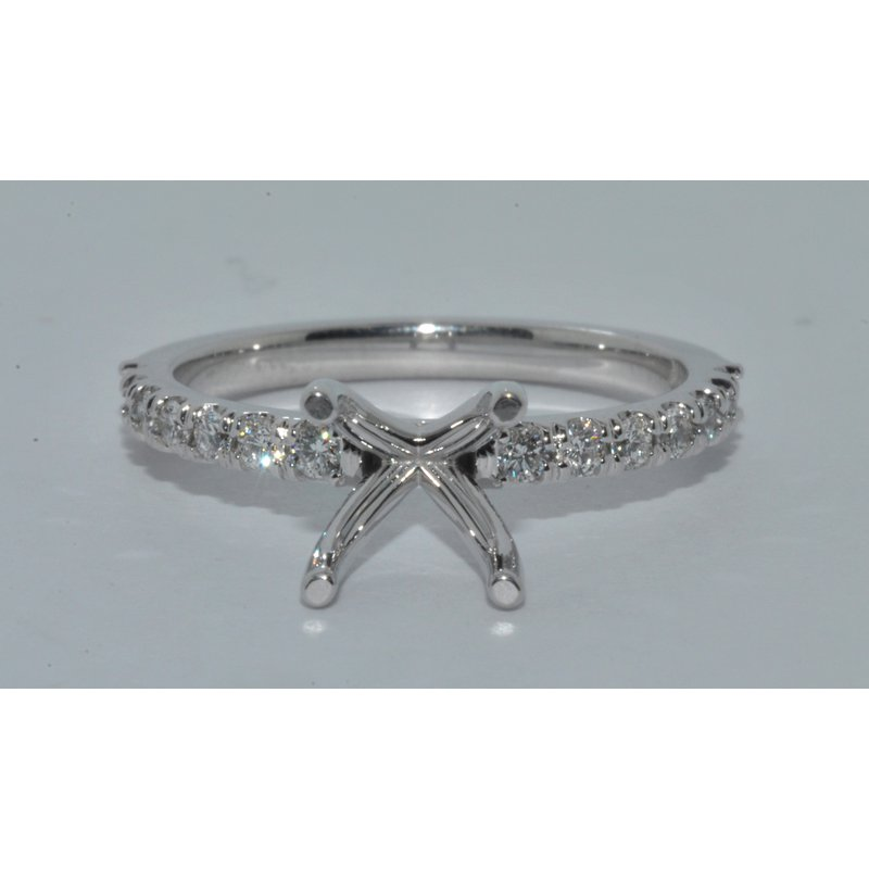 Windy City Signature 14K WG Victoria Eng Ring