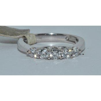 Beautiful 5 diamond
