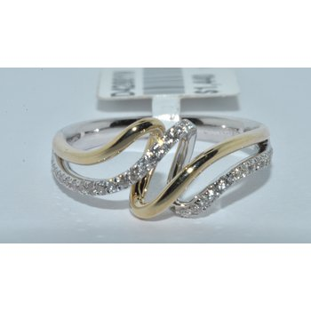 14K TT diamond ring