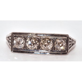 1930s Ring 18k White Gold 4 Round