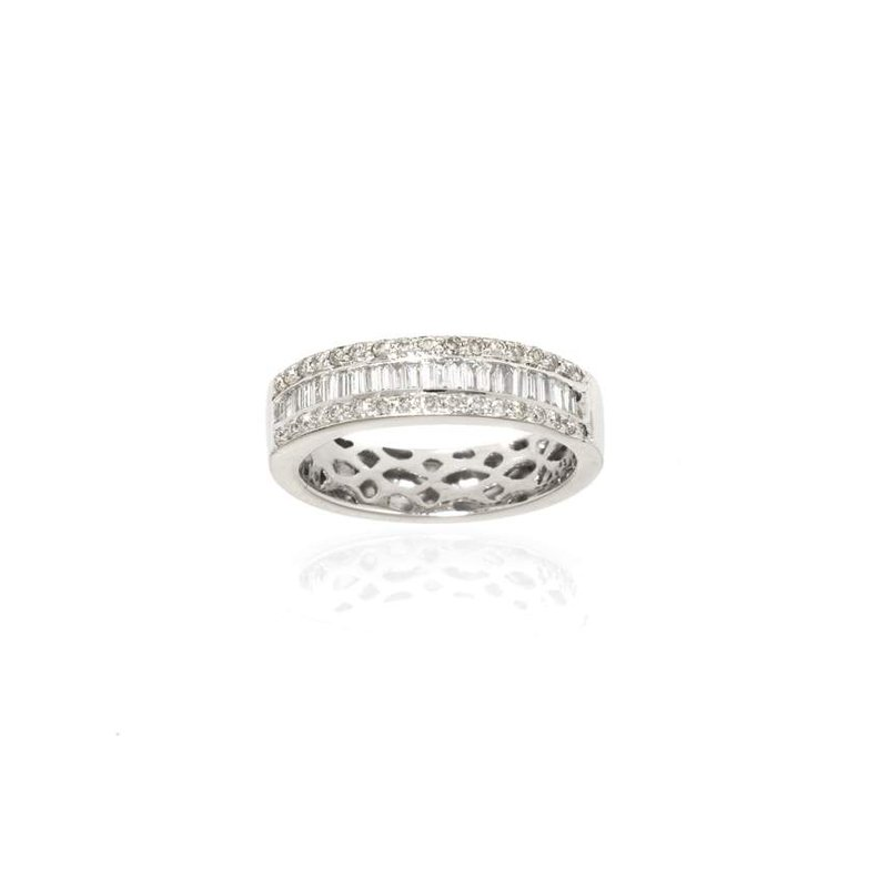 14K White Gold Wedding Band with Baguettes