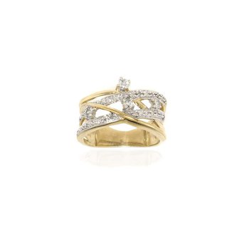 10K Yellow Gold and Diamond Ring