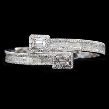 White Gold Diamond Twist Bracelet
